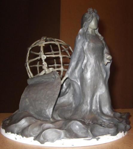 Поиск образа. Скульптура из пластилина(вид спереди)